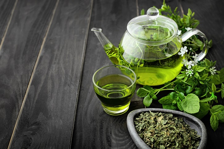 Green tea helps fight skin damage and ageing, helps weight loss