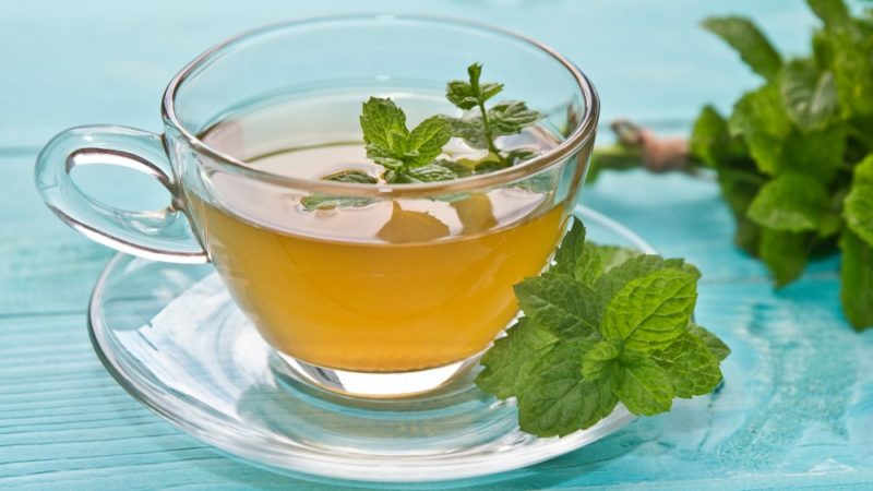 Peppermint tea soothes PMS symptoms, bloating, migraines, stomach ache The Best Foods To Feed Your Vagina